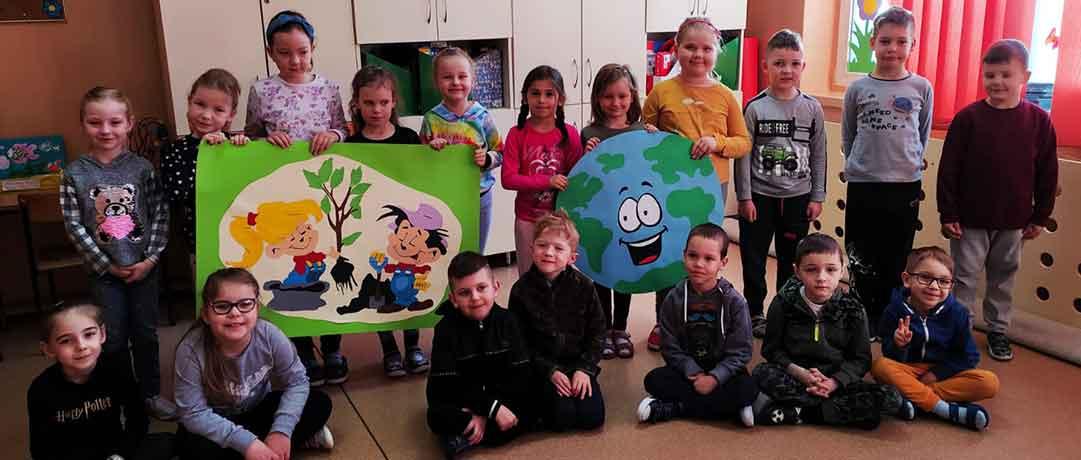 Światowy Dzień Ziemi w oddziale przedszkolnym 0a